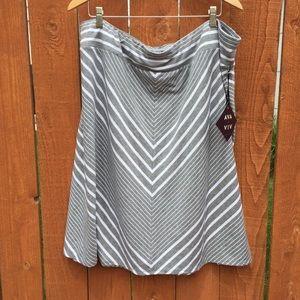 Ava & Viv Dresses & Skirts - Ava & Viv chevron stripe jersey skirt 2x/3x