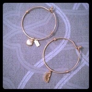 Lilly Pulitzer Jewelry - LILLY PULITZER bangle Bracelet set