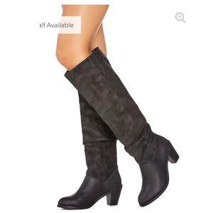 JustFab Slouchy Black Boot - Hallory