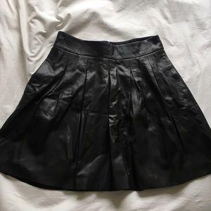 100% genuine BR Leather pleated skirt