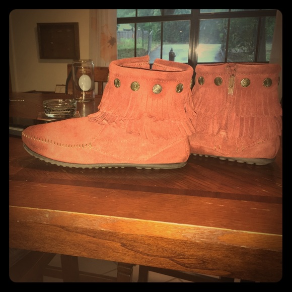 Size 8 Womens Double Fringe Boots