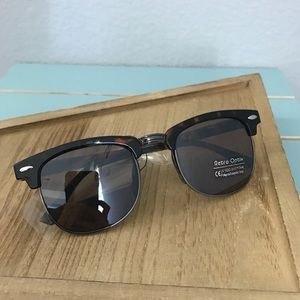 Other - • Tortoise Kids Sunglasses