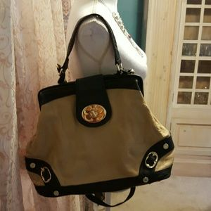Emma Fox Handbags - Nice Emma Fox bag