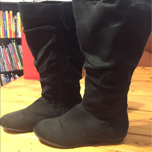 83 shoes black faux suede wide calf boots no heel