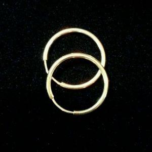 14kt white Gold hoops