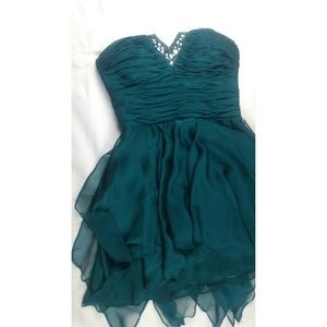 Morgan & Co. Dresses & Skirts - Emerald Green Party Dress