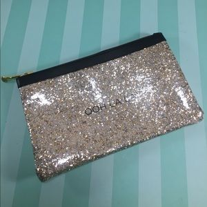 OOH LA LA Zip Top Accessories Bag