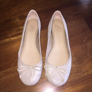 10022-SHOE Saks 5th Ave Leather Ballet Flat