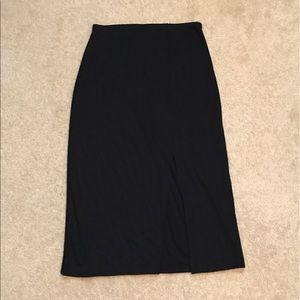 Bisou Bisou Dresses & Skirts - Woman's Bisou-Bisou midi skirt.