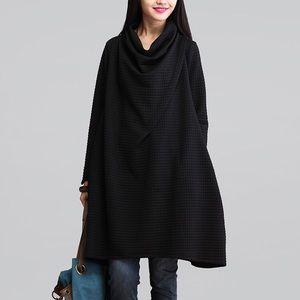 Sweaters - Black loose sweater