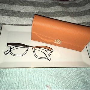Tory Burch sunglasses case