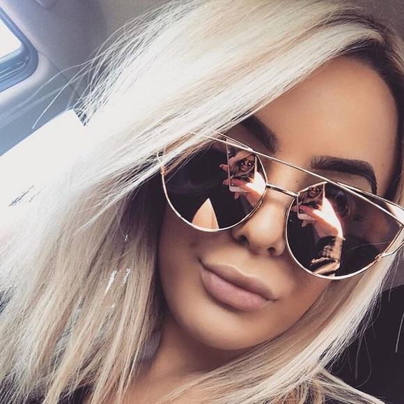 406c0622439 Glow Glamazon Accessories - 💯Rose gold mirrored cat eye sunglasses!
