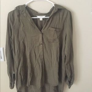 Sun and Shadow Green Long Sleeve Button Up Top