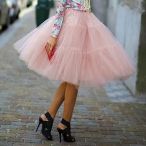 Chicwish Dresses & Skirts - Full pink tulle skirt...SO ADORB 😍