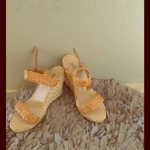 Diba Shoes - Espadrilles style 3in wedges