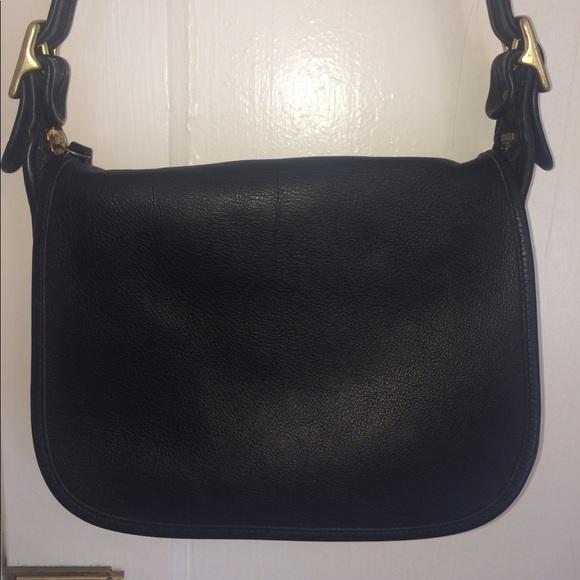 216a7086a0b4 Coach Handbags - Vintage Coach Patricia Legacy SaddleBag 9951
