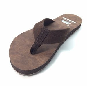 NWT Brown Suede flip flops with Arch Support 💕