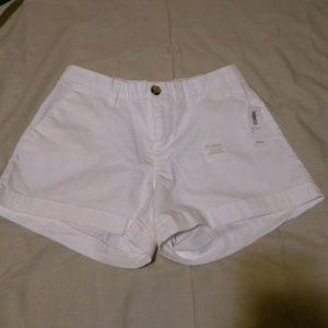 🎈 White NWT shorts