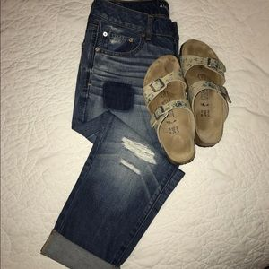 American Eagle Outfitters Denim - Perfectly distressed crop jeans