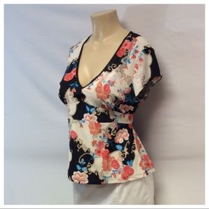 Poetry Clothing Tops - POETRY CLOTHING Floral Top