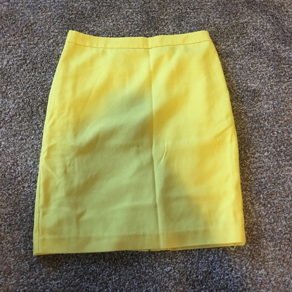 78 cabi dresses skirts bright yellow pencil skirt