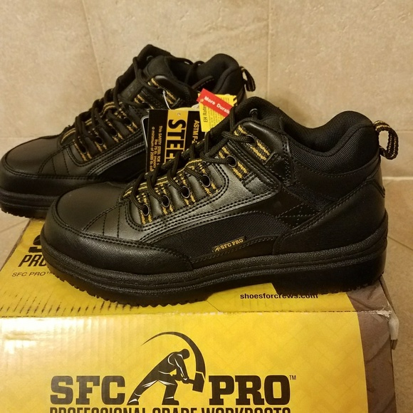 fea06b33df9 Brand new steel toe work boots. Boutique