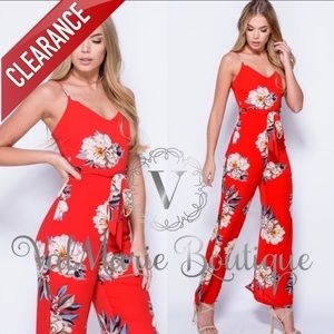 📍CLEARANCE 📍Red Floral Side Slit Sexy Jumpsuit