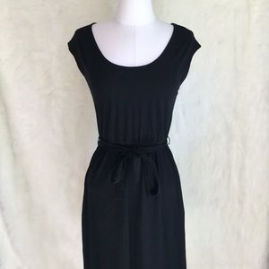 Old Navy Basic Black Dress