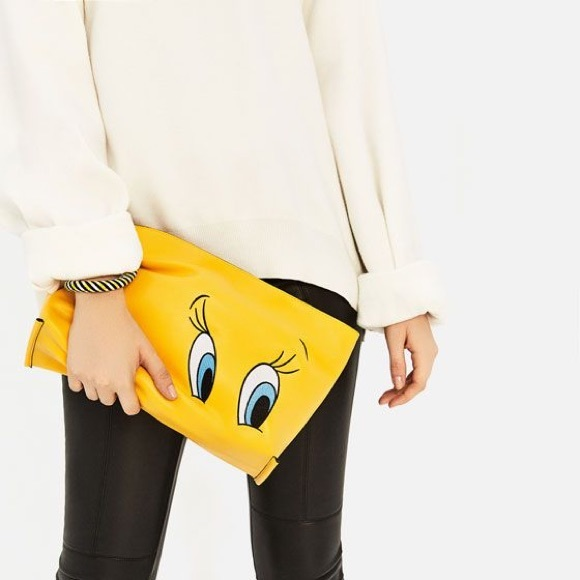 Zara Handbags - Zara Looney Tunes tweety bird clutch