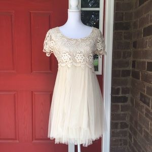 Ryu Dresses & Skirts - Mod Cloth Cream Lace and Netting Dress