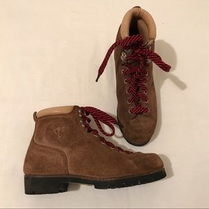 Vasque Shoes - VINTAGE 70S VASQUE BROWN LEATHER BOOTS..MINT Sz6.5