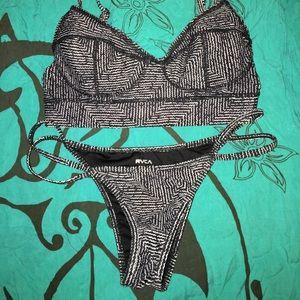 RVCA Other - RVCA black and white bikini set