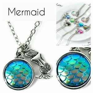 "Jewelry - New Im really a Mermaid pendant & chain 16"" blues"