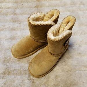 LAMO Sheepskin Fleece Faux Fur Slippers Boots