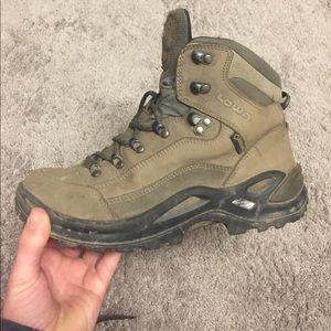 Lowa Shoes - Lowa Renegade Hiking boots W6.5
