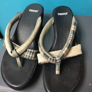 Camper Shoes - Camper chunky flip flops