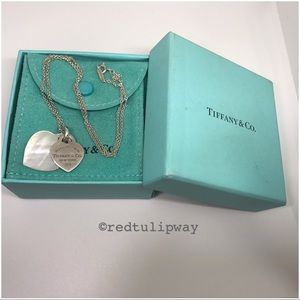 🌹SOLD🌹Auth. Tiffany & Co. Double Heart Pendant