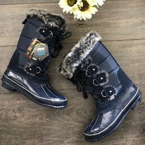 Khombu Shoes - NWT Khombu Bryce navy all weather boots