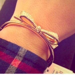 kate spade Jewelry - Kate spade gold bow bracelet nwt