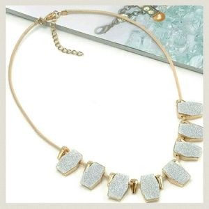 Jewelry - New statement necklace gold silver colored career