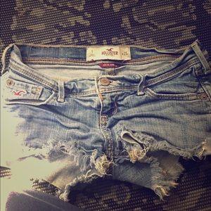 Hollister Pants - Size 1 /25 stretch hollister jean shorts