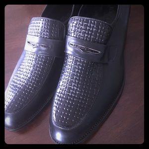1HR sale‼️Louis Vuitton Mens black dress shoe.