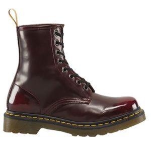 28 dr martens shoes black patent leather doc