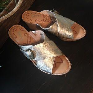 Born size 8M wedge sandals