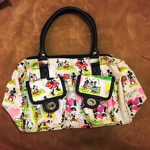 Disney Handbags - SUPER CUTE Disney Minnie and Mickey Purse!