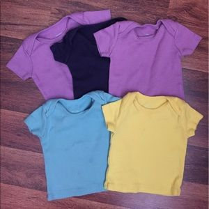 Primary Other - Primary bodysuit tee Bundle size 6-9 months