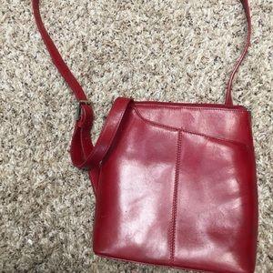 HOBO Handbags - Red leather Hobo International swing pack GUC