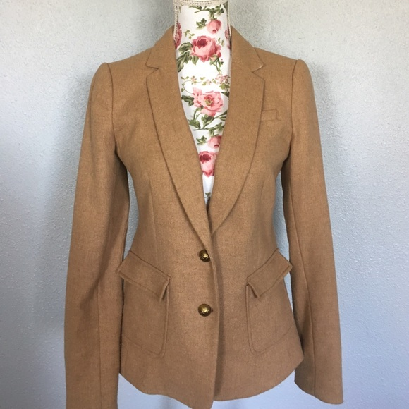 Banana Republic Factory and Outlet has an amazing selection of clothes on sale. Shop our online assortment of modern and sophisticated clothing styles on clearance!