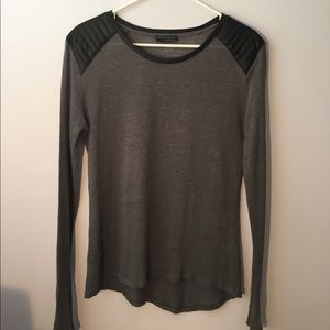 Zara w&b collection tee
