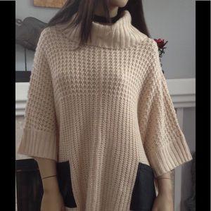 Fashion Union Sweaters - Fashion Union Women's Poncho Sweater SZ S/M (D123)